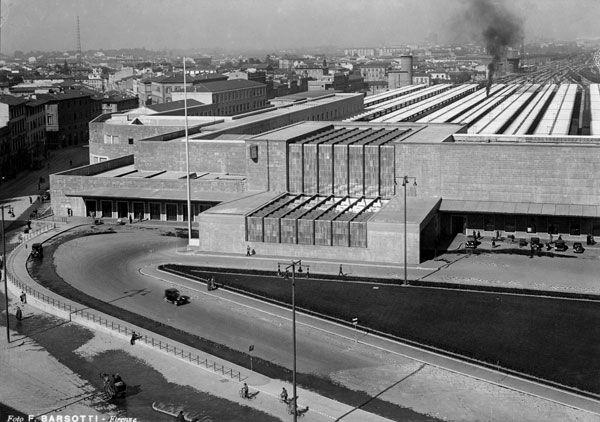 Santa Maria Novella railway station, Florence (1935), Architects: Giovanni Michelucci and Gruppo Toscano