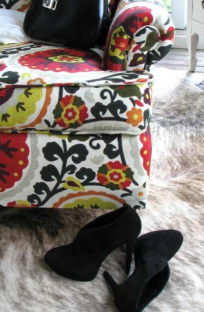 Re-upholster!!!! Dear ugly green couches. Youve been warned.: Anthropology Inspiration, Idea, Crafts Rooms, Upholstered Chairs, Anthropologie Inspiration, Chairs Projects, Blog, Diy, Inspiration Upholstered