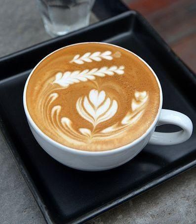 ~Coffee art~ I REALLY want to learn how to do this!!