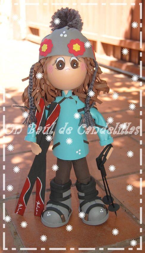 #Fofucha esquiadora. #Fofuchos #Artesanía de la mano de www.unbauldecandelillas.wordpress.com