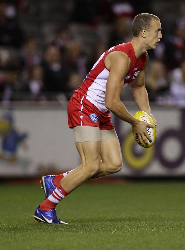 Centre half-back: Ted Richards, Sydney Swans