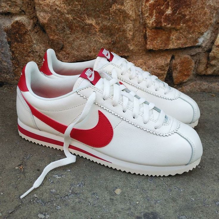 "Nike Classic Cortez Leather SE ""Sail Gym Red""  Size Man - Precio: 89 (Spain Envíos Gratis a Partir de 99) http://ift.tt/1iZuQ2v  #loversneakers#sneakerheads#sneakers#kicks#zapatillas#kicksonfire#kickstagram#sneakerfreaker#nicekicks#thesneakersbox #snkrfrkr#sneakercollector#shoeporn#igsneskercommunity#sneakernews#solecollector#wdywt#womft#sneakeraddict#kotd#smyfh#hypebeast #nikeair#nike #nikecortez #cortez"