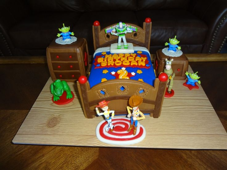 Toy Story Gum : Best children s birthday cakes images on pinterest