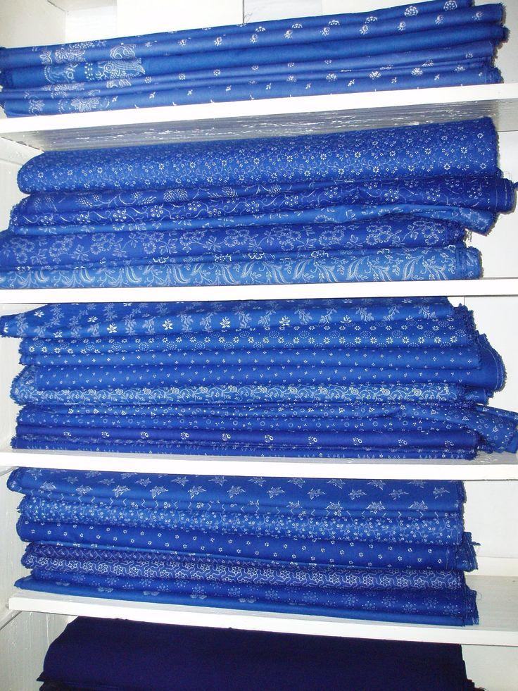Beautiful Hungarian Kekfesto fabric -  A kékfestő kelme jelentős szerepet játszik mind a magyar népviseletben, mind a lakástextilek körében - Important for the Hungarian national costume and textiles among the blue-dyed fabric.