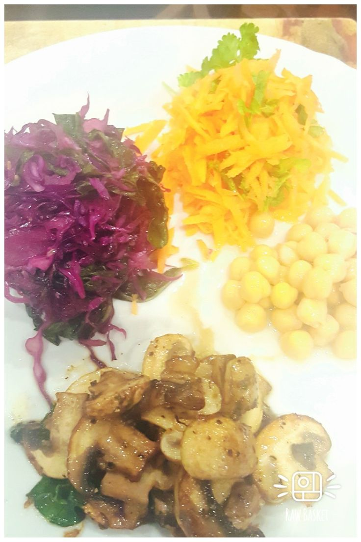 Vegetable assortmemt for lunch  Left over saute cabbage, carrot and coriander, chickpeas and saute mushrooms.