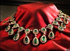 "The top quality emerald was previously the centerpiece of an emerald and diamond necklace, that belonged to the most flamboyant Maharani of Baroda, Maharani Sita Devi, the ""Wallis Simpson of India"" who was compelled to sell part of her enormous collection of jewelry due to financial difficulties, while living in Monaco."