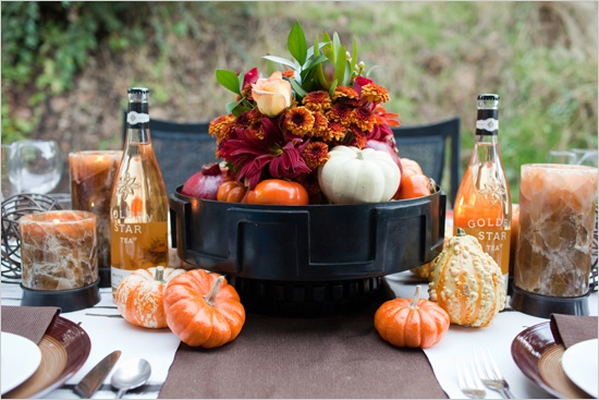 Table setting. : Tables Sets, Tables Scapes, Holidays Tables, Tables Centerpieces, Fall Autumn, Thanksgiving Centerpieces, Thanksgiving Tablescapes, Fall Tables, Fall Gardens