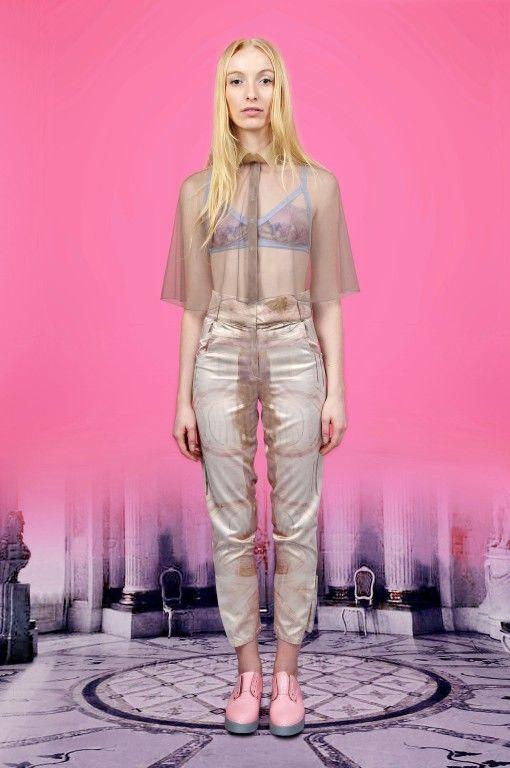 Spodnie SS2013 / RESORT: White; Projektant: Herzlichwilkommen; Wartość: 69 zł; Poczucie piękna: bezcenne. Powyższy materiał nie stanowi oferty handlowej