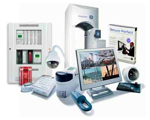 Best 25 best home security system ideas on pinterest best home exploring the very best wireless home security system reviews httpdevconhomesecurity solutioingenieria Images
