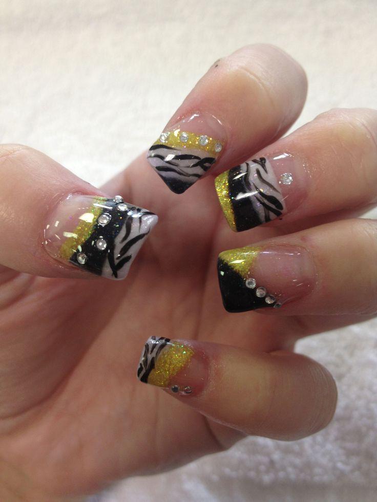 Nail Art glitter acrylic yellow black and white zebra animal prints