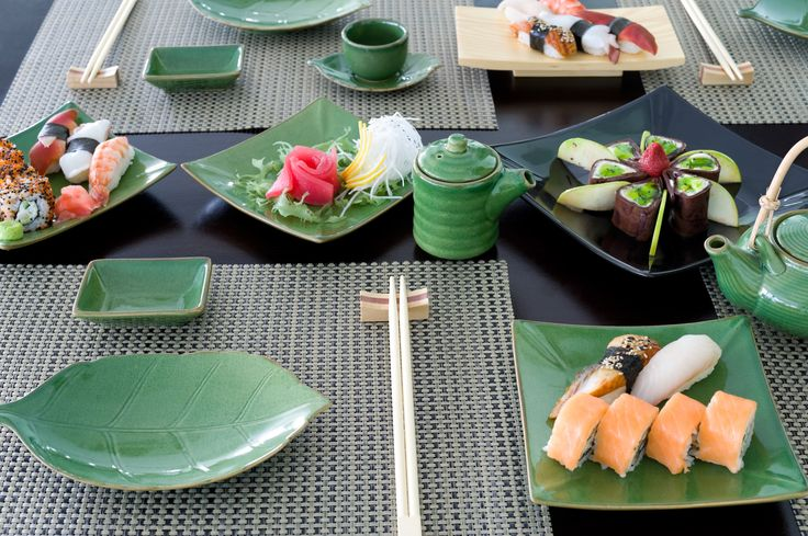 Wonderful table setting for asian meal. #chopsticks holders