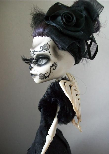 Monster High Day of the dead custom skelita by macabredarling.deviantart.com on @deviantART