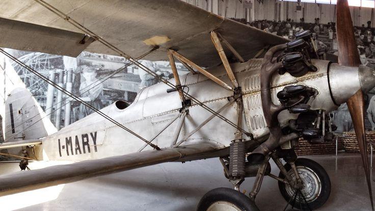 Volandia è una esperienza emozionante, soprattutto da vivere passando tra un hangar e l'altro. Volare, il sogno di ogni uomo libero, e a volandia si vola, con i simulatori  provando tutte le emozioni possibili.
