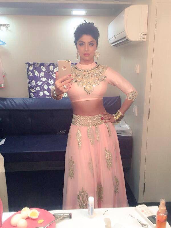 Rokha outfit