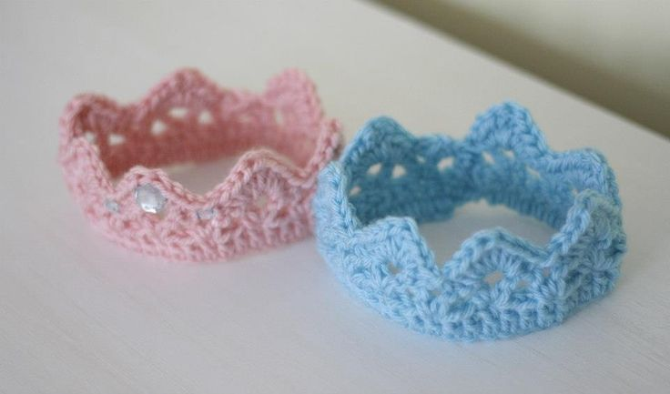 Little Rays of Sunshine: Free Pattern: Newborn  Crown (made this one...very cute!)