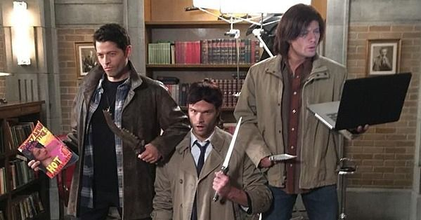 Despite the fact that the cast of Supernatural spent Halloween hard at work on the new season, they still found time to get in on the Halloween fun. Late Friday night, Jensen Ackles (whose faces as Dean Winchester never seem to amaze us) tweeted at his