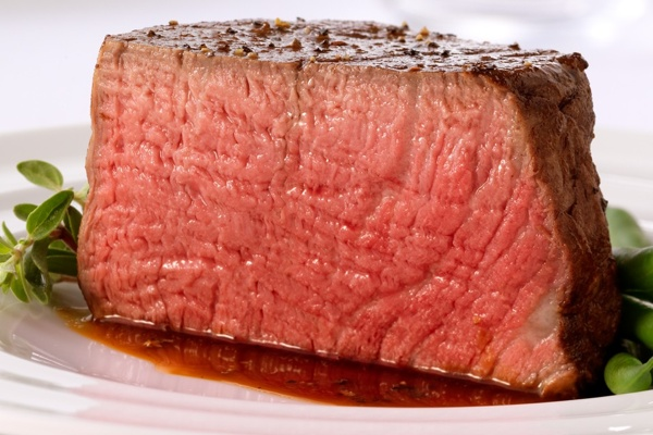 Balsamic Filet Mignon with Red-Wine Sauce