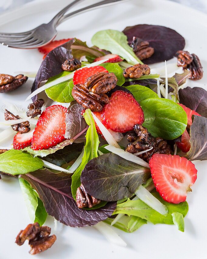 Strawberry Fennel Salad with Candied Cocoa pecans. http://bit.ly/1ReZppF