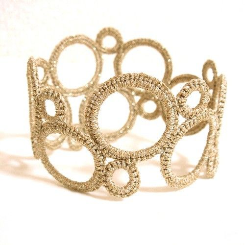 crochet bangle bracelet (could do it with tatting... kinda looks tatted to me)