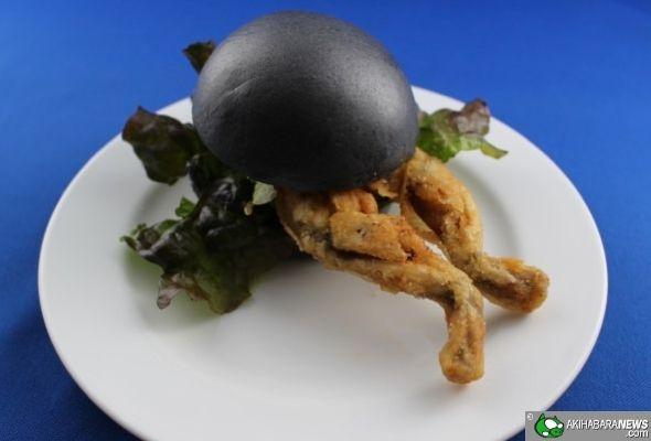 Burger de Grenouille Très Cuit qui va de Pair avec l'Exhibition de Créatures Venimeuses | AkihabaraNews