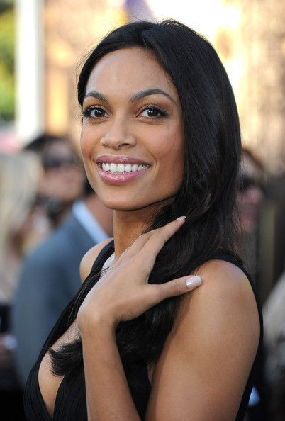 """Rosario Dawson Photos Photos - Actress Rosario Dawson arrives at the premiere of """"The Zookeeper"""" at the Regency Village Theatre on July 6, 2011 in Los Angeles, California. - Premiere Of """"The Zookeeper"""" - Arrivals"""