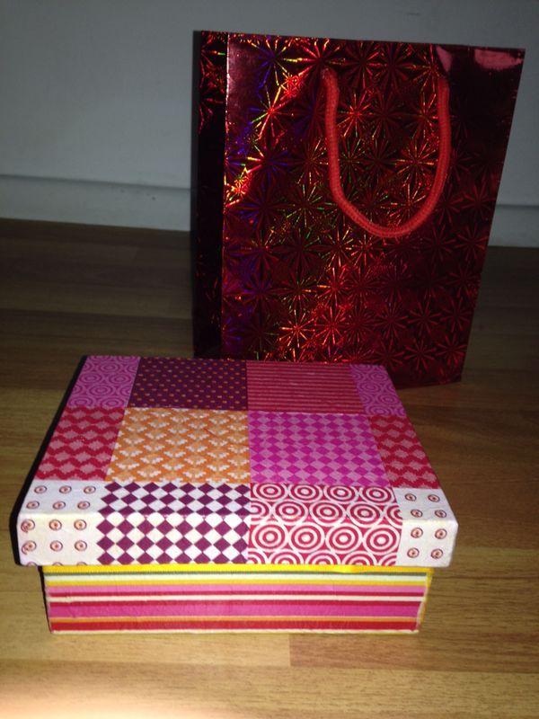 Cajas de madera decoupage y pintadas. Visitar: http://facebook.com/perla.villalilla