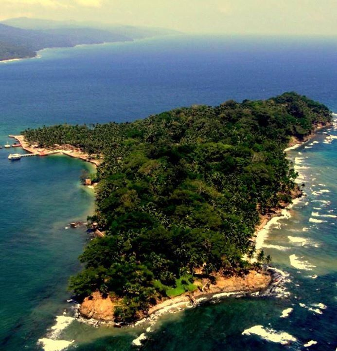 Ross island Andaman Trip along with Chidia tapu sunset day package photos, cost and reviews. Know about the history of Ross island. Inclusive Boat Ride, tickets and pickup drop.