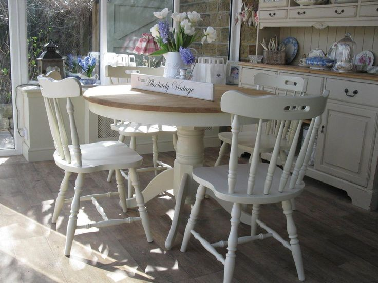 A BEAUTIFUL ROUND COUNTRY TABLE and 4 CHAIRS~❀~FARROW & BALL~PAINTED~SHABBY CHIC