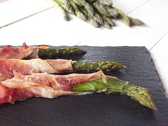 asparagi_prosciutto