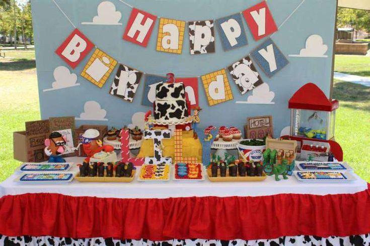 {Free printable} L'invitation de toys story pour un anniversaire de cowgirl!