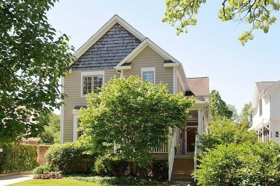 De 34 beste bildene om houses and homes p pinterest for Http zillow com home details