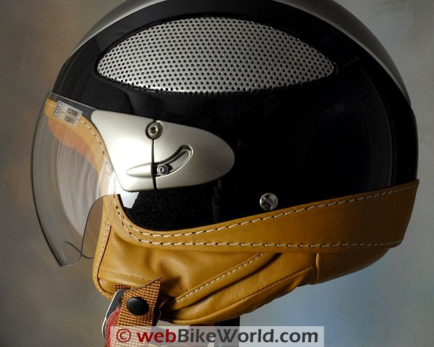 Cromwell Spitfire Helmet - mix of modern and classic styling