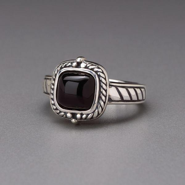 Oxidized Sterling Black Agate Ring 14v2$ en solde à 39,99$