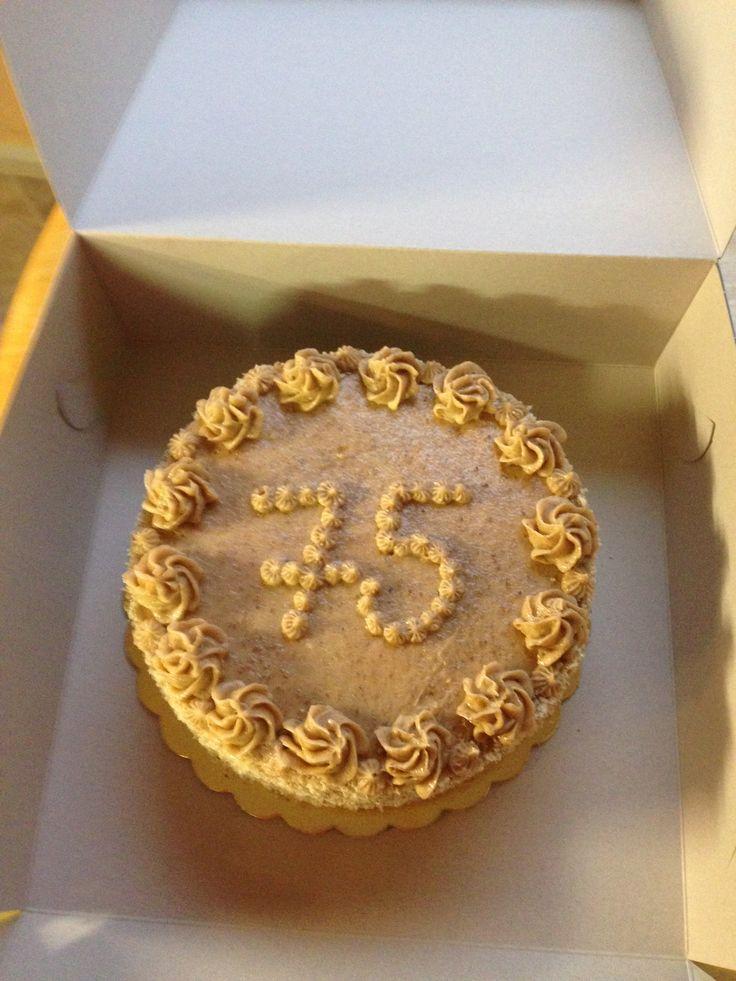 Ořechový dortík