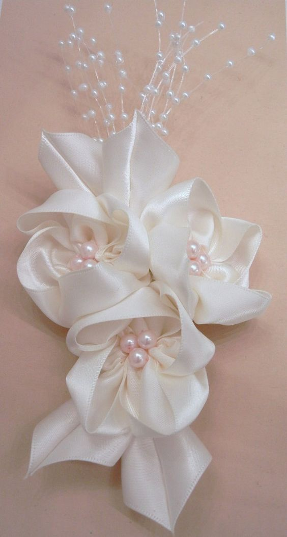 Cream Bridal Headpiece on Large Alligator Clip by SewManyPetals, $25.00: