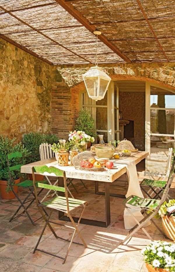 Mediterraner Garten Terrasse Sonnenschutz Essbereich Rustikal