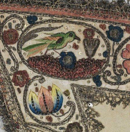 Вышивка на английских перчатках XVII века.