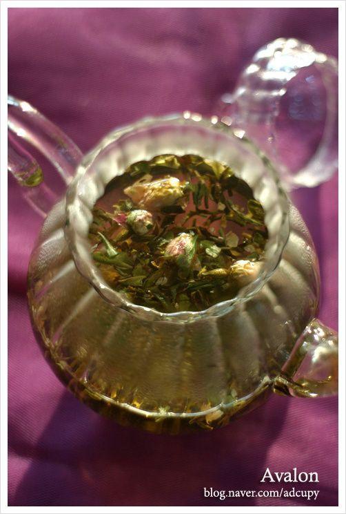 RISHI TEA - Wild Rose, Organic White Tea