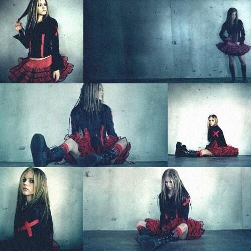 """It's been exactly 10 year since @Janice Simonson Lavigne released her second studio album """"Under My Skin"""" #10YearsUMS pic.twitter.com/9qWf58wjTA"""