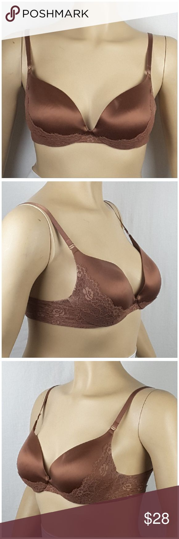 *PLUS* MAIDENFORM, Underwire Bra, size 38D *PLUS* MAIDENFORM, Underwire Bra, size 38D, satin lace, lightly padded, 3 rows double back hooks, style 09408.   SAVE BIG! ADD TO A BUNDLE! 30%  AUTOMATICALLY DISCOUNTED ON ALL BUNDLES! Maidenform Intimates & Sleepwear Bras