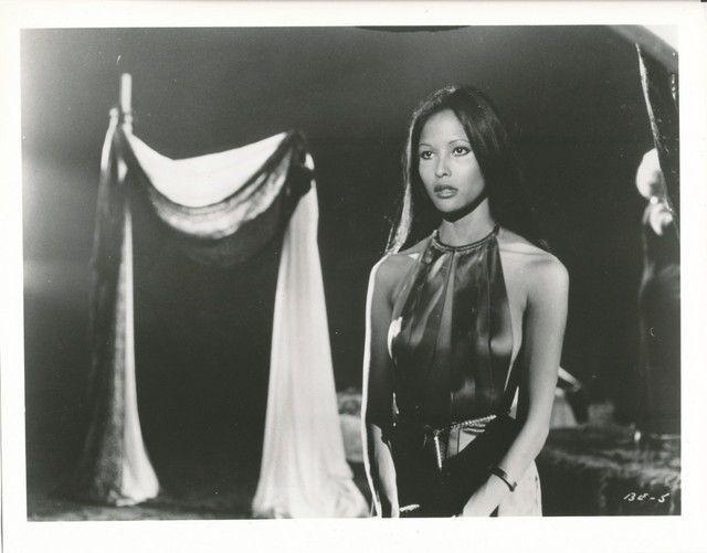 Laura Gemser (1975)