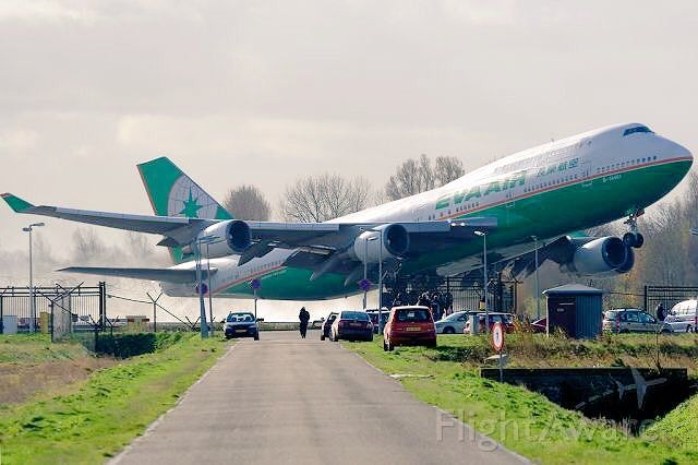 Eva Air Boeing 747 45em Taking Off From Runway 36l At Amsterdam