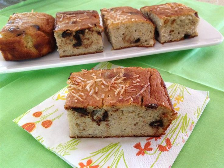 Quick Mix Banana Cake (Coconut Flour)