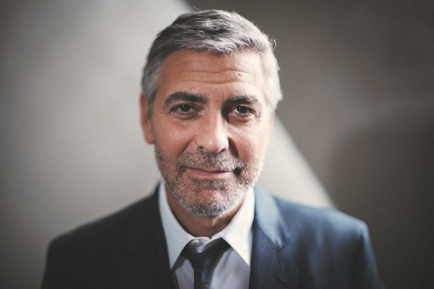 Here's Proof That Clooney Only Gets Better With Age - Page 7 70f01f289e61ae177a96b3360559c1ab--george-clooney-celebrity-portraits