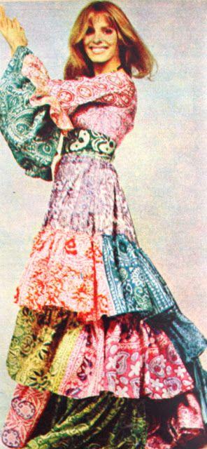 OĞUZ TOPOĞLU : 1970 senesi çingene modası elbise modelleri