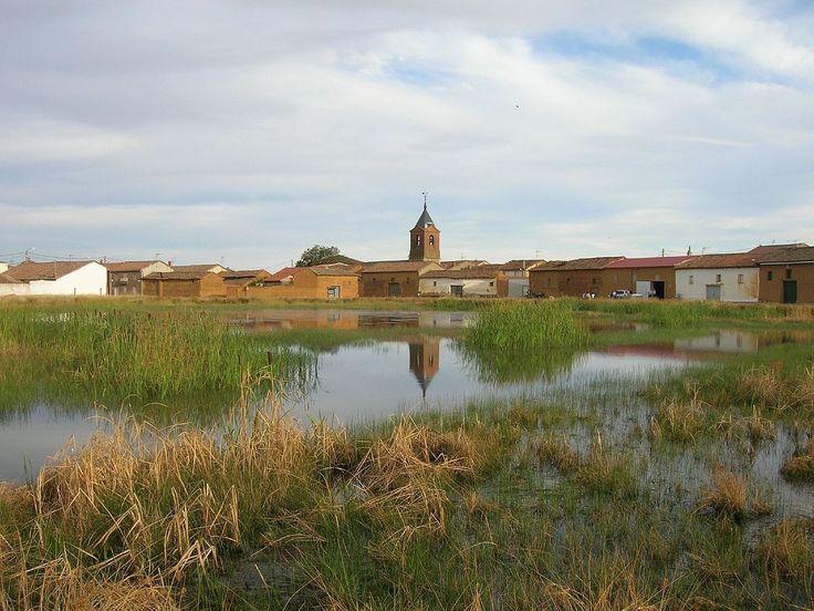 El Burgo Ranero, León, Camino de Santiago
