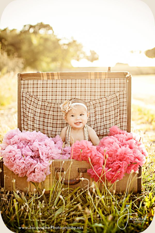 Love this for a baby picture..we have a selection of vintage suitcases for this  picture recreation..Four Inch Fold ..Vintage rental Atlanta