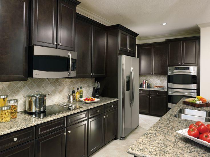 Sarsaparilla Cabinets In A Casual Kitchen Kitchen Remodel Fall 2015