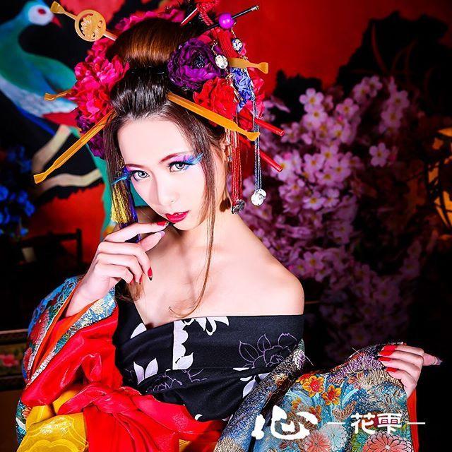 京都舞妓体験処 心-花雫-|スマートフォンサイト