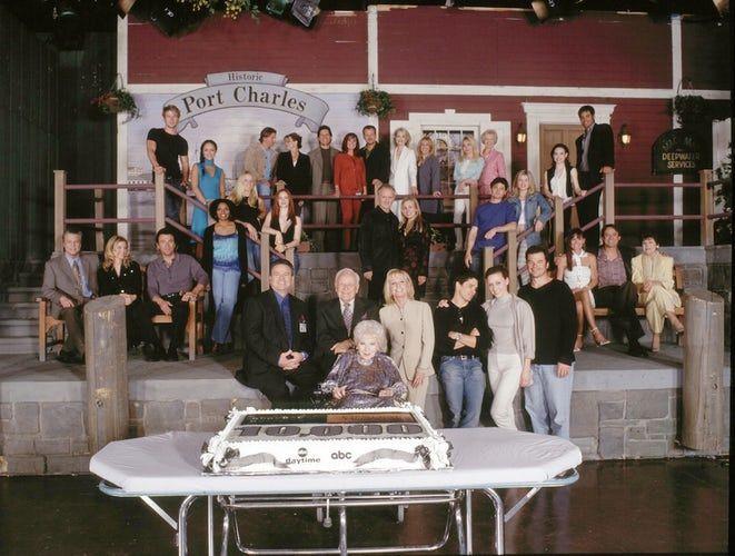 Gh Cast Photo 2002 — Front: Brad Maule (Tony), Kristina Wagner (Felicia), John J. Jork (Mac), Stuart Damon (Alan), John Ingle (Edward), Anna Lee (Lila), Leslie Charleson (Monica), Billy Warlock (A.J.), Robin Christopher (Skye), Wally Kurth (Ned), Lynn Herring (Lucy), Jon Lindstrom (Kevin), Emily McLaughlin (Jesse). Middle: Jacob Young (Lucky), Marisa Ramirez (Gia), Alicia Leigh Willis (Courtney), Jaime Ray Newman (Kristina), Anthony Geary (Luke), Genie Francis (Laura), Chad Brannon (Zander)…